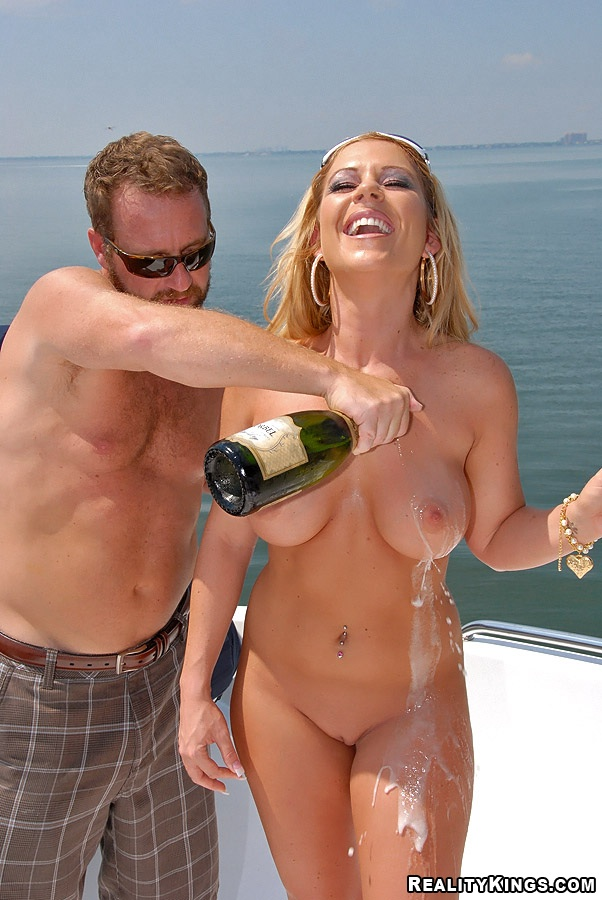 Real boat sex milf