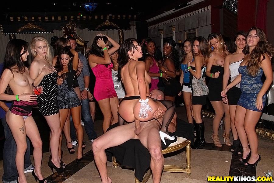ebony sex tortur