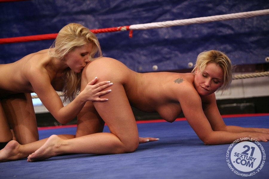 nude-female-wrestling-clips
