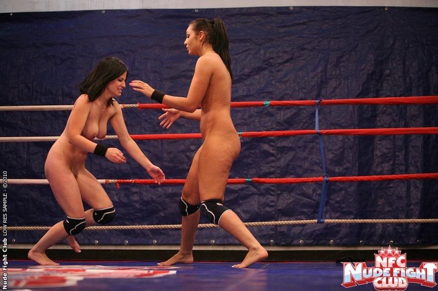 Команда лесбиянок проиграла на ринге онлайн зрелых дам